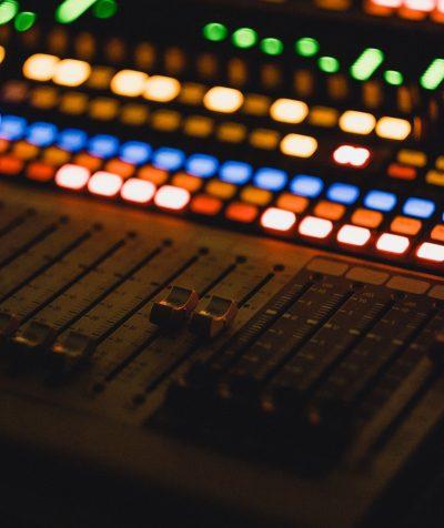 Payola spielt bei Radiosendern seit Jahrzehnten eine Rolle.